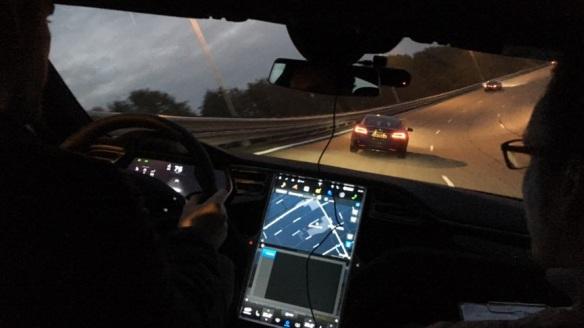 Test in Lelystad met hoog autonoom rijdende voertuigen